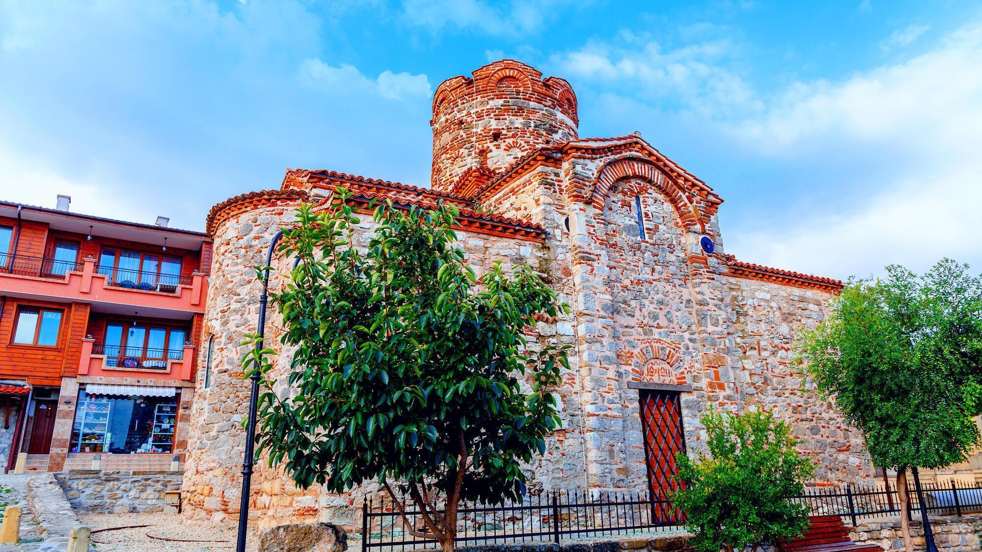 Часовня святого Иоанна Крестителя – один из главных национальных туристических объектов страны