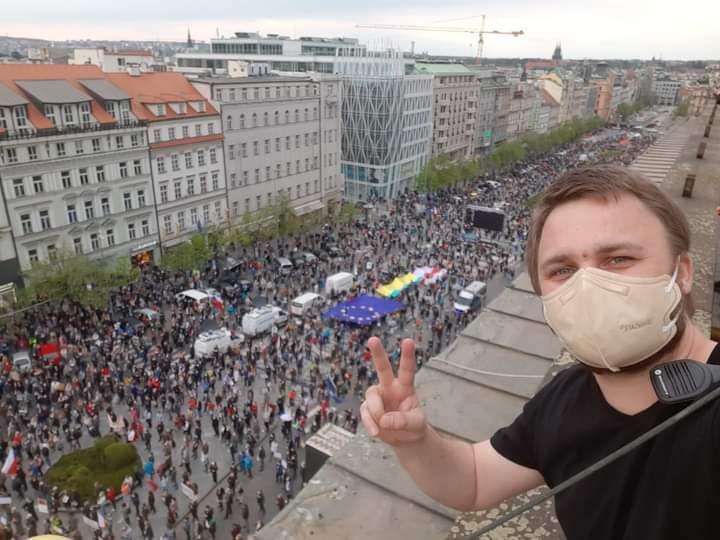 Массовая акция протеста против президента Чехии