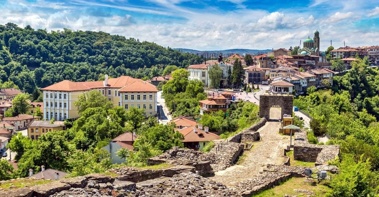 Велико Тырново и Арбанаси – самые древние города в Болгарии.