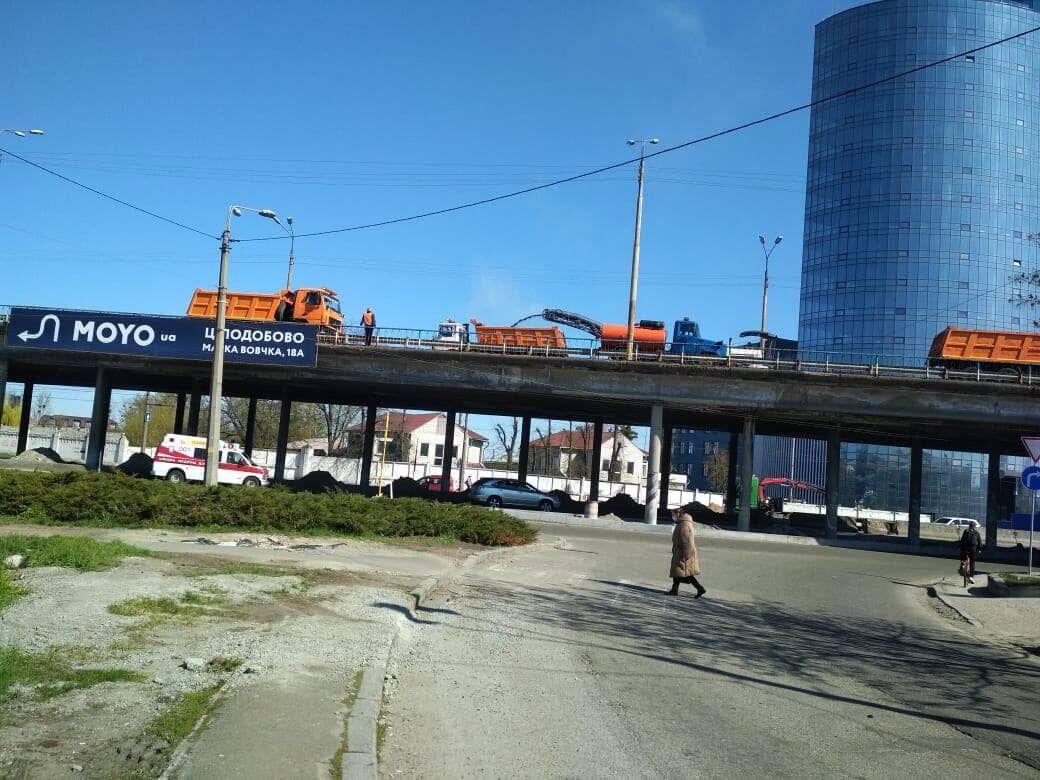 Новокостянтинівський шляхопровід оновлять до кінця 2021 року.