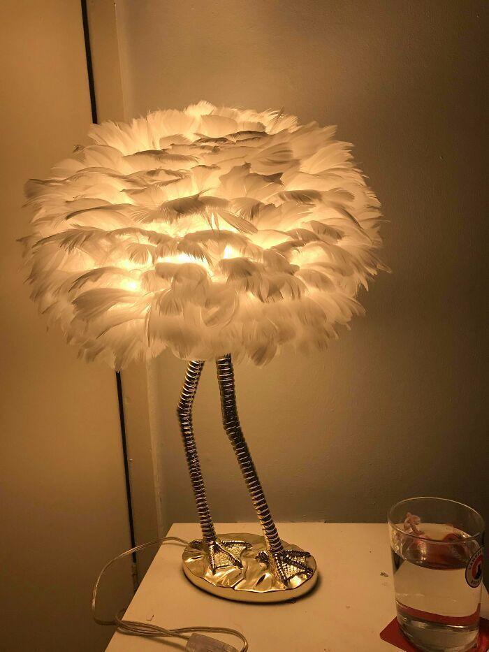 Мать подарила эксклюзивный светильник