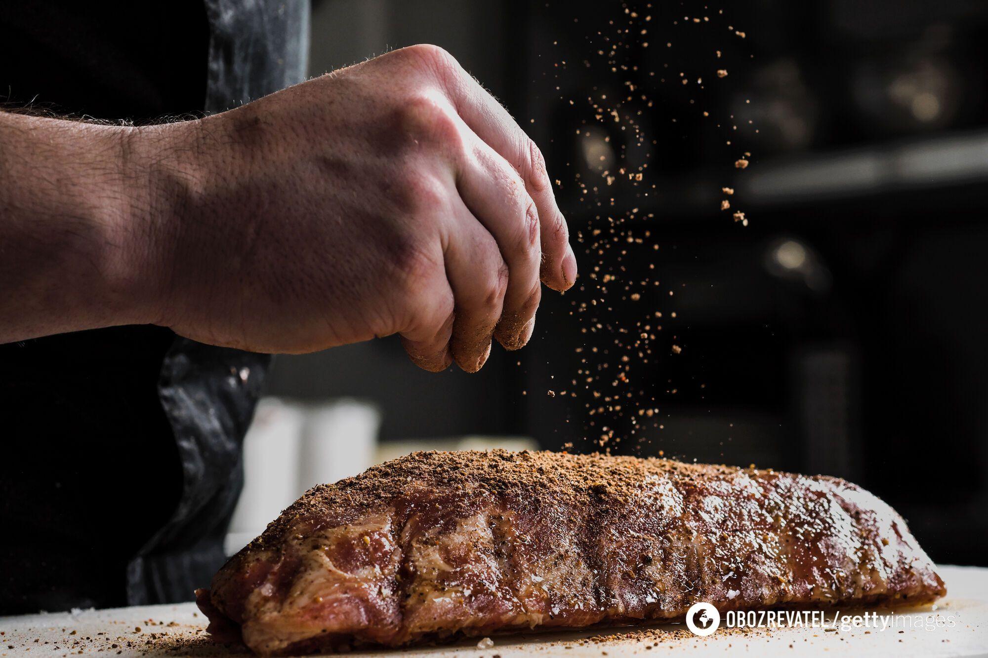 Как приправить мясо