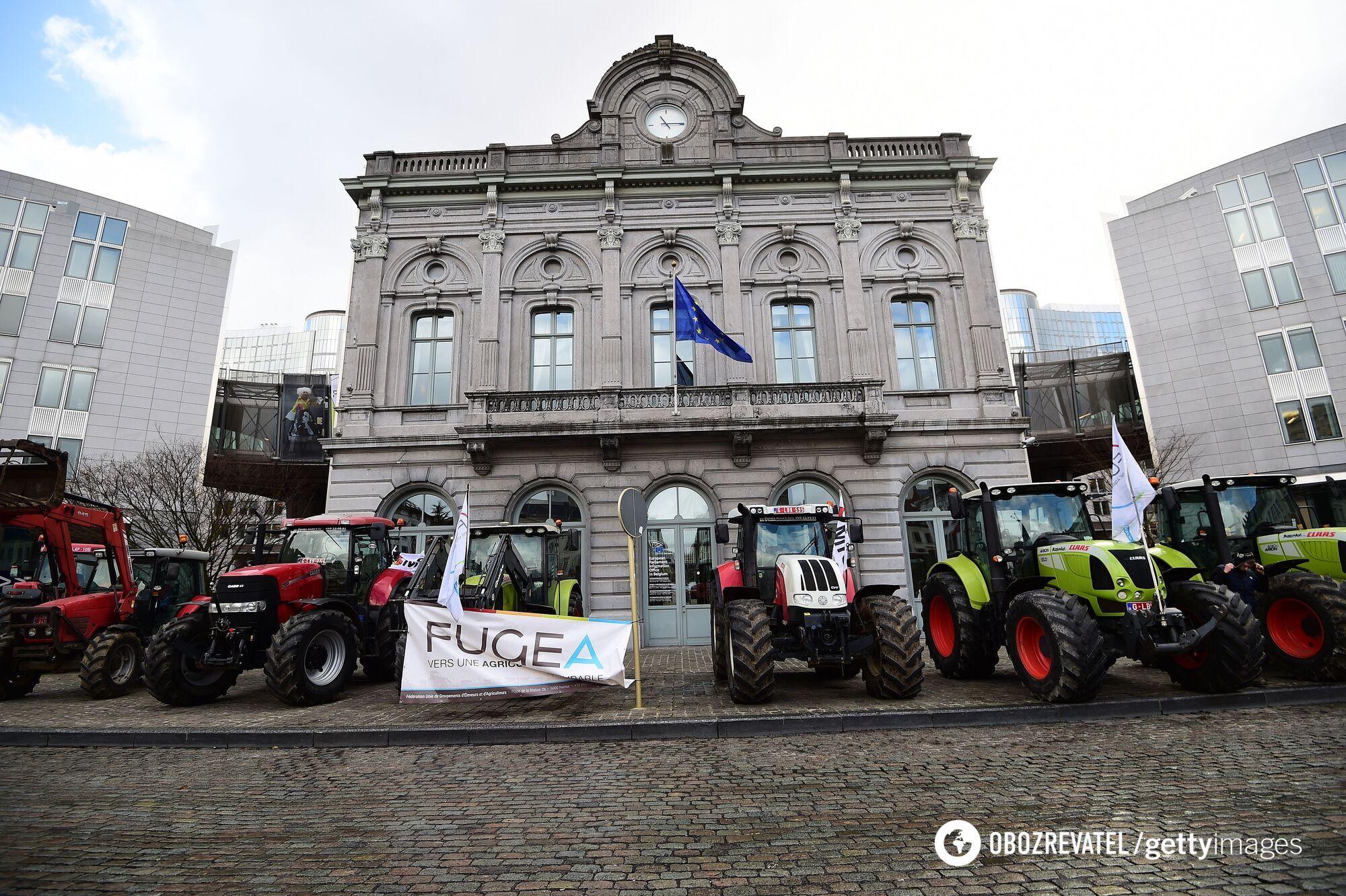 Фермери на тракторах спровокували транспортний колапс у Страсбурзі.