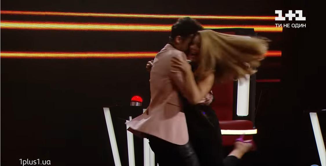 Танец Дана Балана и певицы Тины Кароль