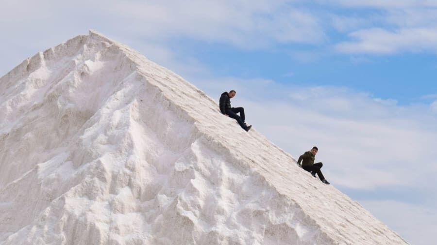"""Египетские """"снежные"""" горы покорили туристов."""