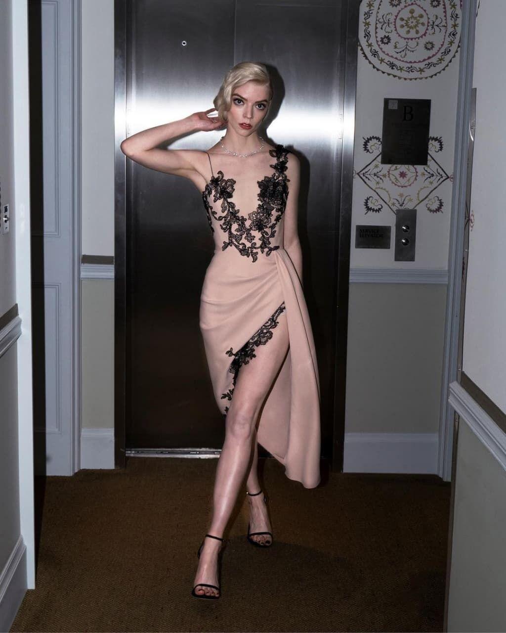 Аня Тейлор-Джой была в платье