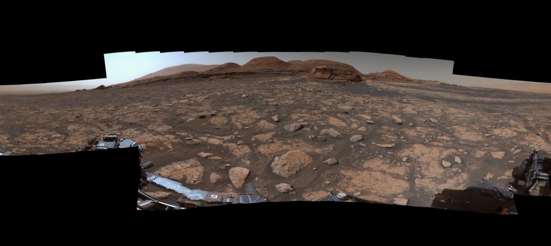 Curiosity приблизился к Мон-Мерку
