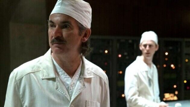 Пол Риттер сыграл Анатолия Дятлова.