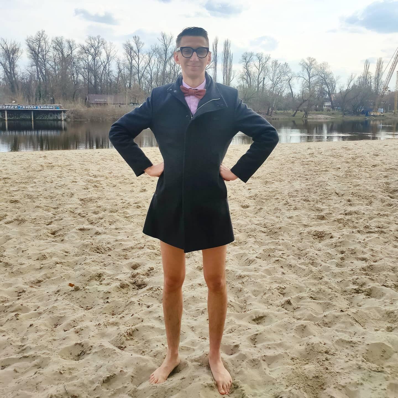 В'ячеслав Соломка позував без штанів.
