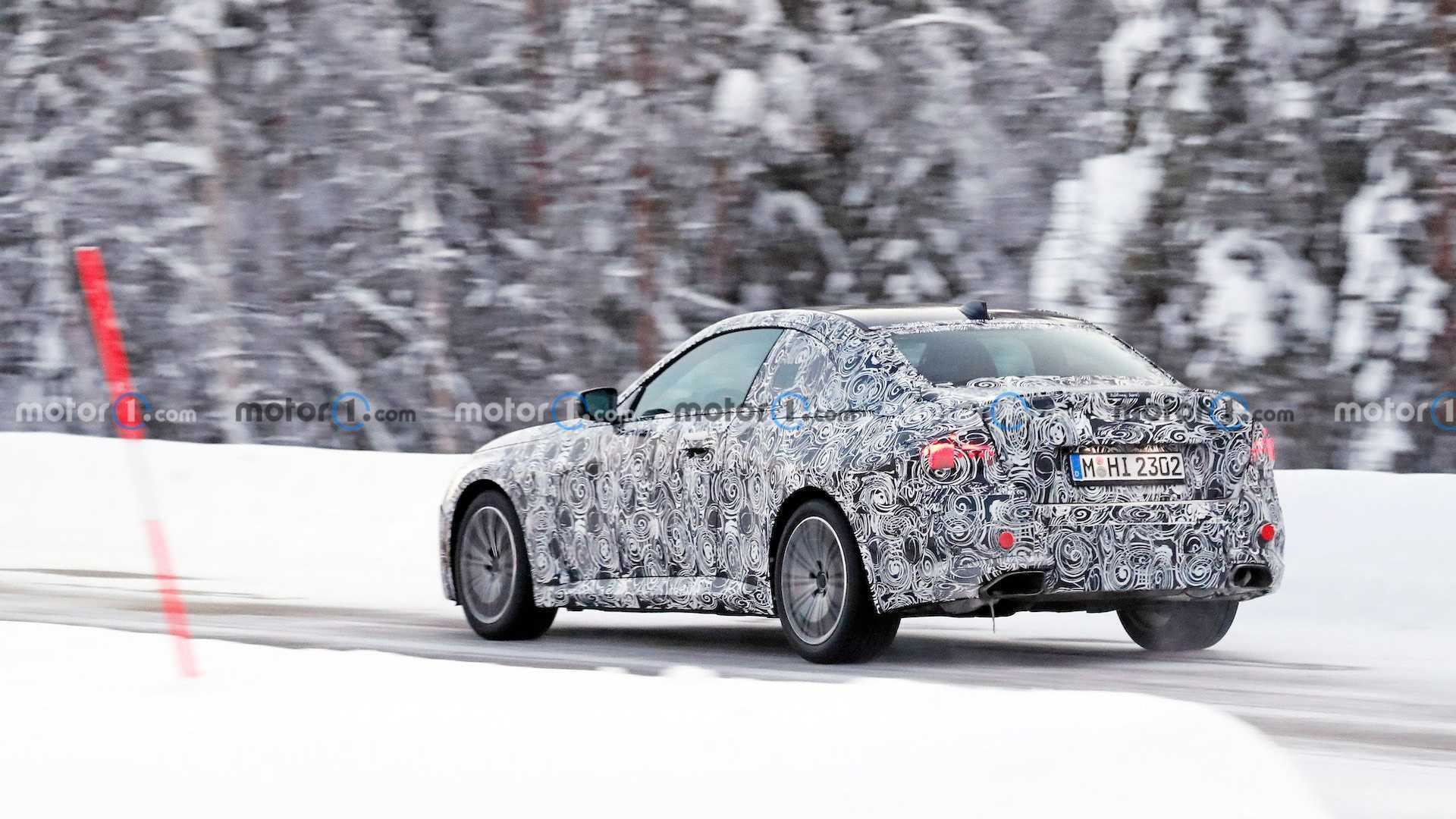 Тестовый прототип BMW 2 Series Coupe