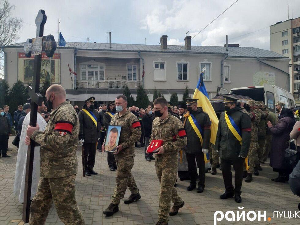 Траурная процессия на похоронах Сулимы