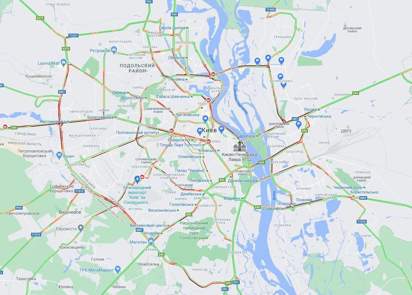 В Киеве несколько ДТП спровоцировали серьезные пробки.