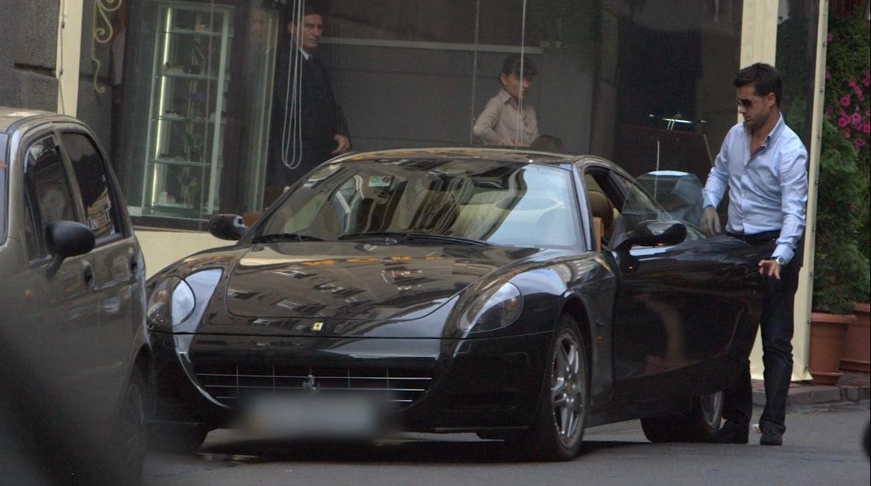 В автопарку Мурата Налчаджиоглу – є Ferrari
