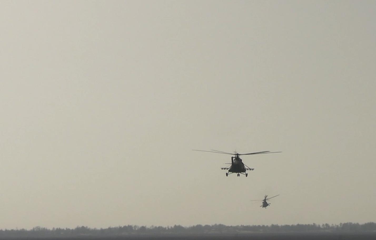 Воїнів ДШВ прикривали бойові вертольоти армійської авіації