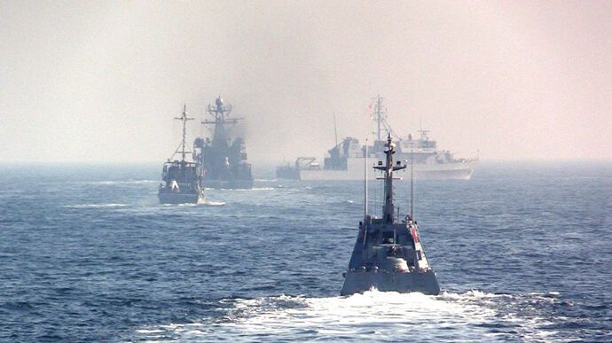 В Украине проходят военно-морские учения в Черном море