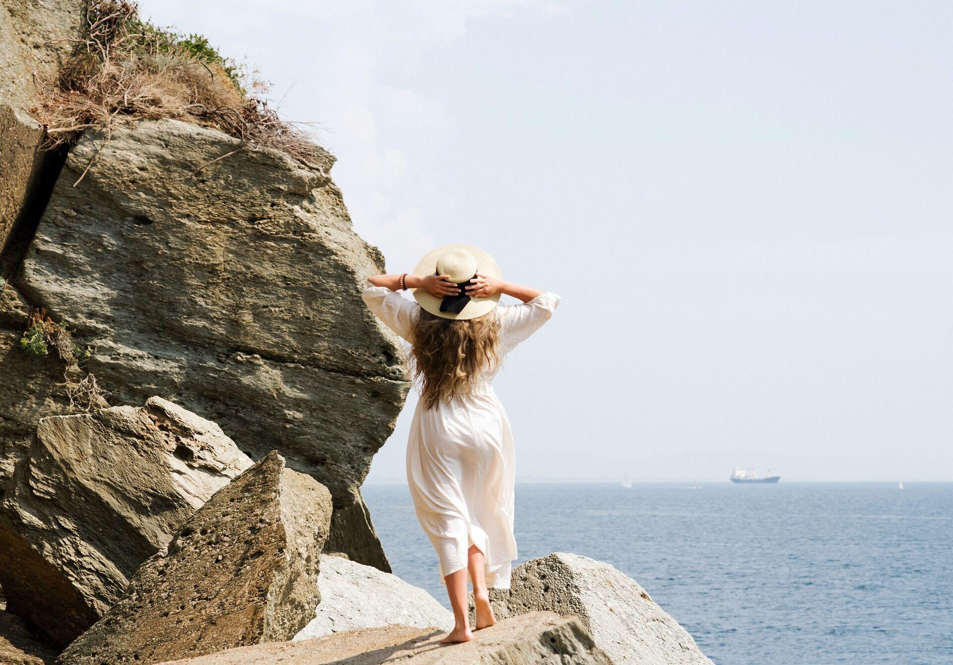 """В некоторых уголках Италии оголяться на пляже запрещено """"некрасивым"""" женщинам"""