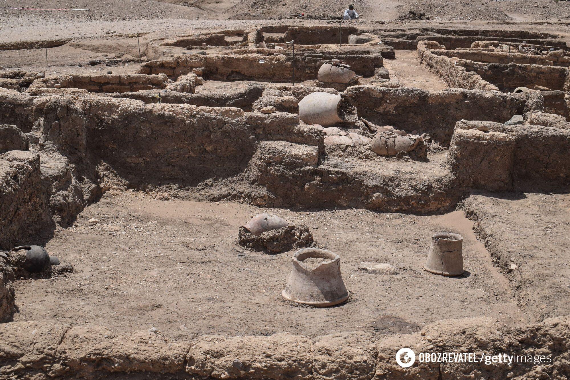 """Руины """"золотого города"""" обнаружили недалеко от Луксора"""