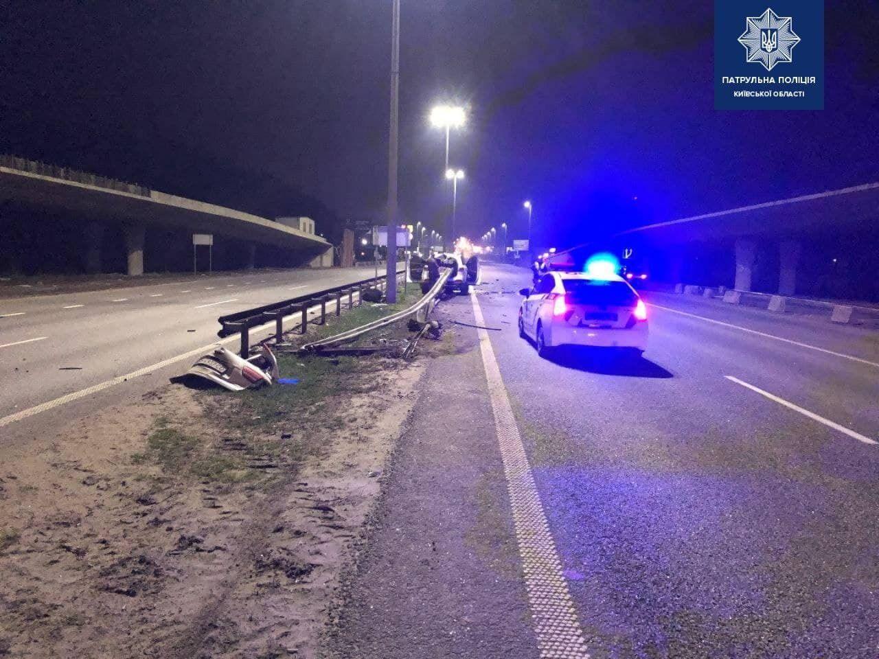 Внаслідок аварії постраждав пасажир позашляховика.