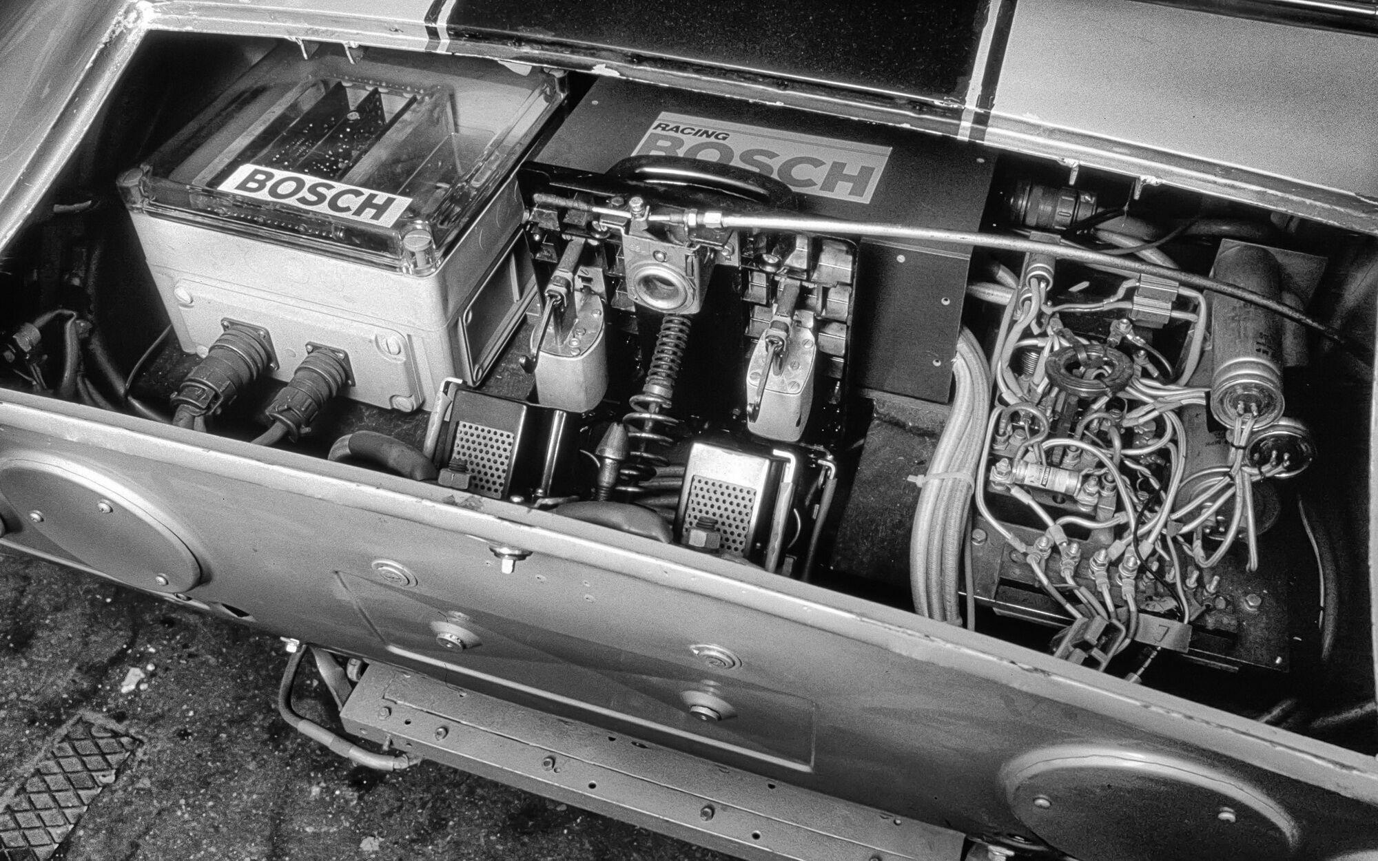 Замість ДВС його оснастили двома електромоторами Bosch постійного струму