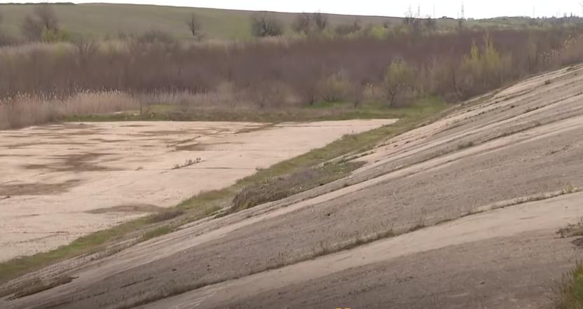 Из-за перекрытия Северо-Крымского канала без воды осталась часть полей Херсонщины