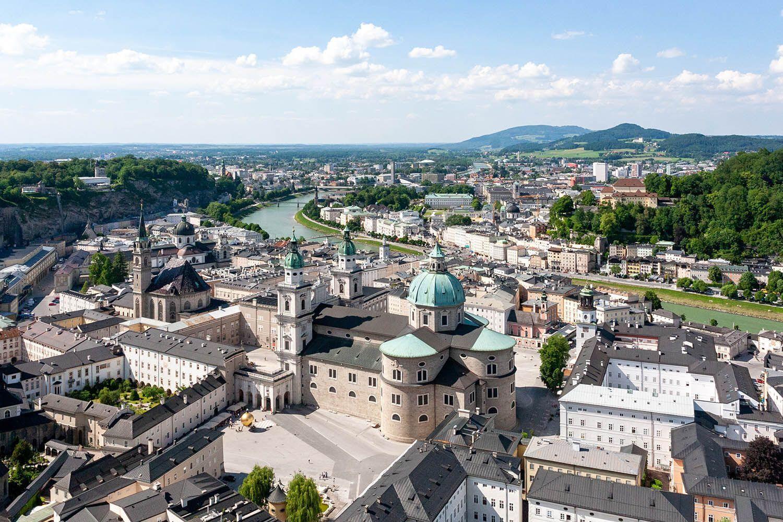 Зальцбург знаменитий тим, що тут жив і творив Амадей Моцарт.