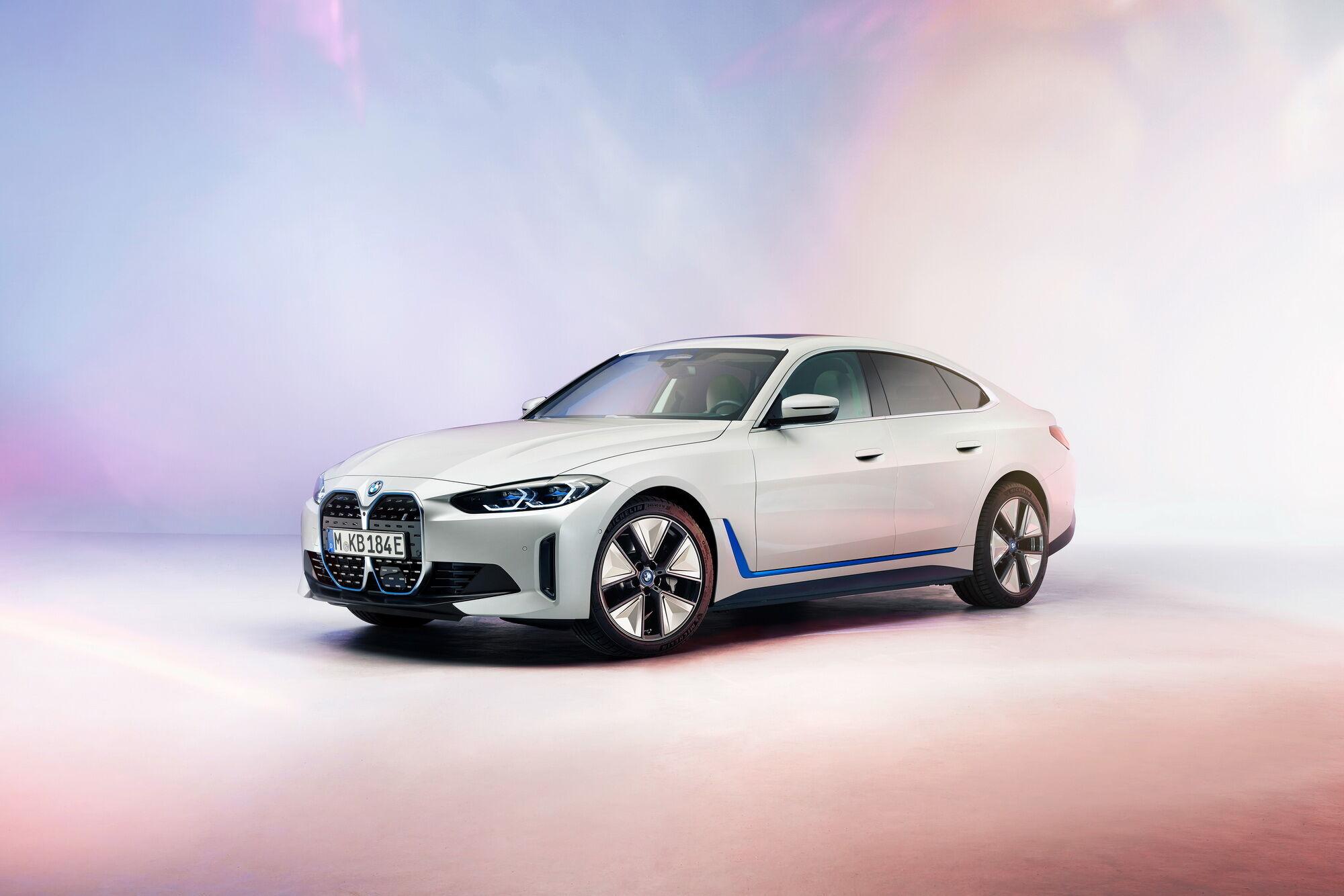 В компании BMW готовят спортивную версию на базе электрического седана i4
