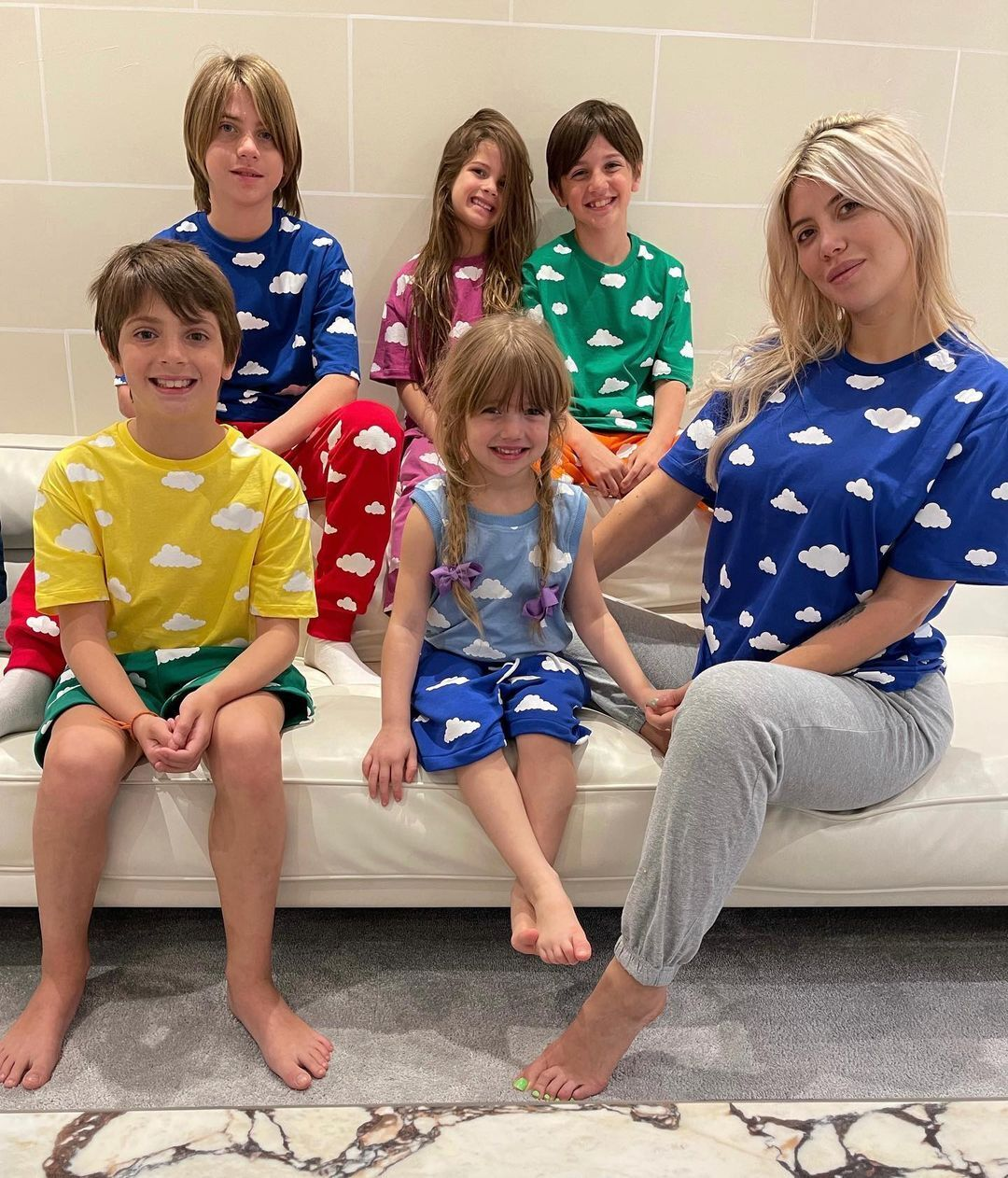 Ванда Ікарді та її діти