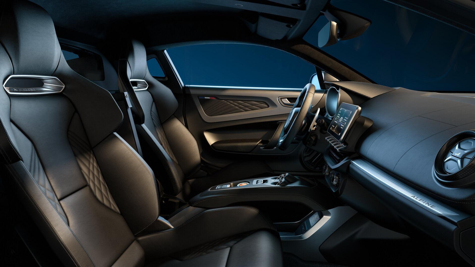 Для Legend GT 2021 модельного року підготували також дві нові колірні комбінації інтер'єру та екстер'єру