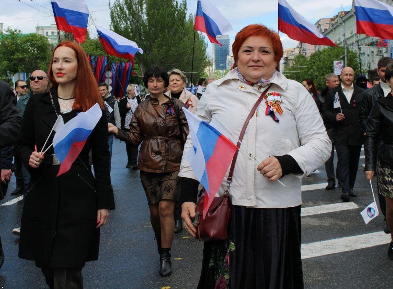 "Люди на митингах ""Л/ДНР"" шли под российскими флагами"