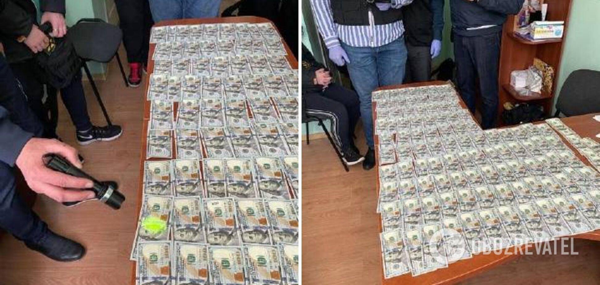 В Одесі медика-посадовця викрили на хабарі в $11 тисяч