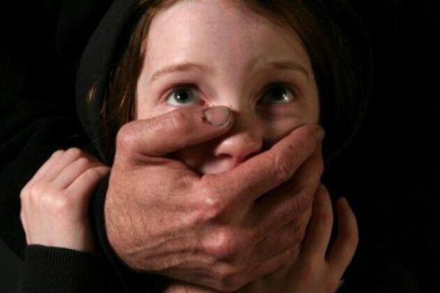 Дівчата боялися розповідати про вчителя батькам
