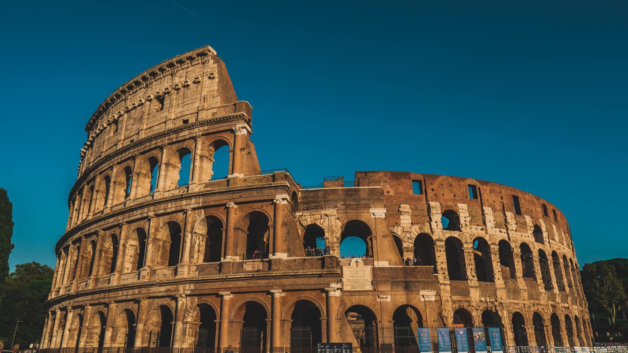 Також можна полетіти в Рим, купивши лише авіаквиток в обидві сторони.