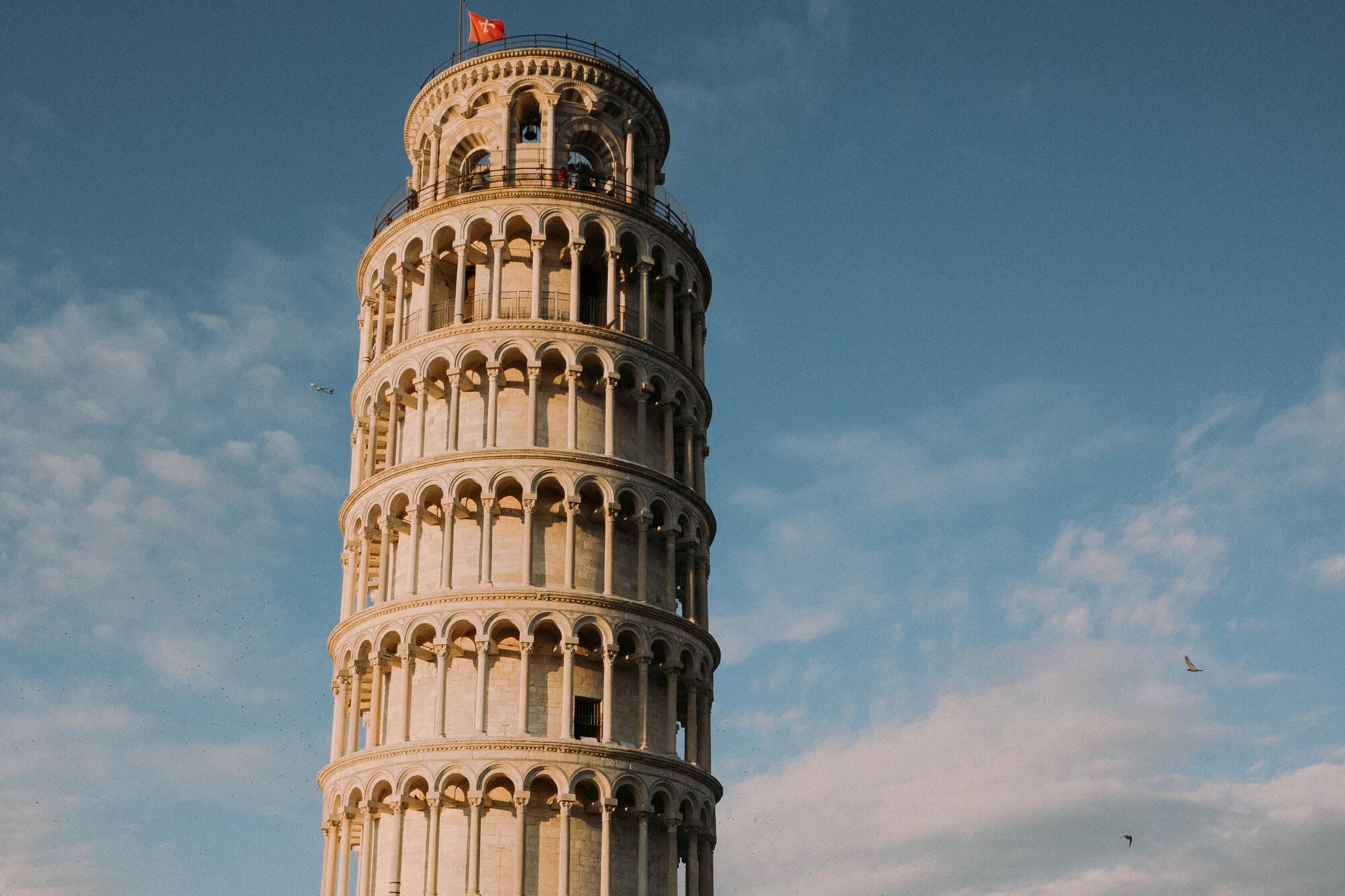 Місто Піза відоме в світі завдяки однойменній вежі.