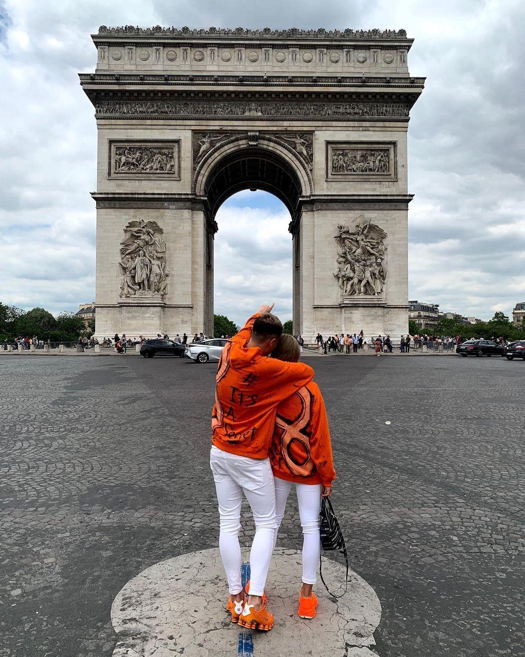 Гевел і Ястремська на відпочинку в Парижі.