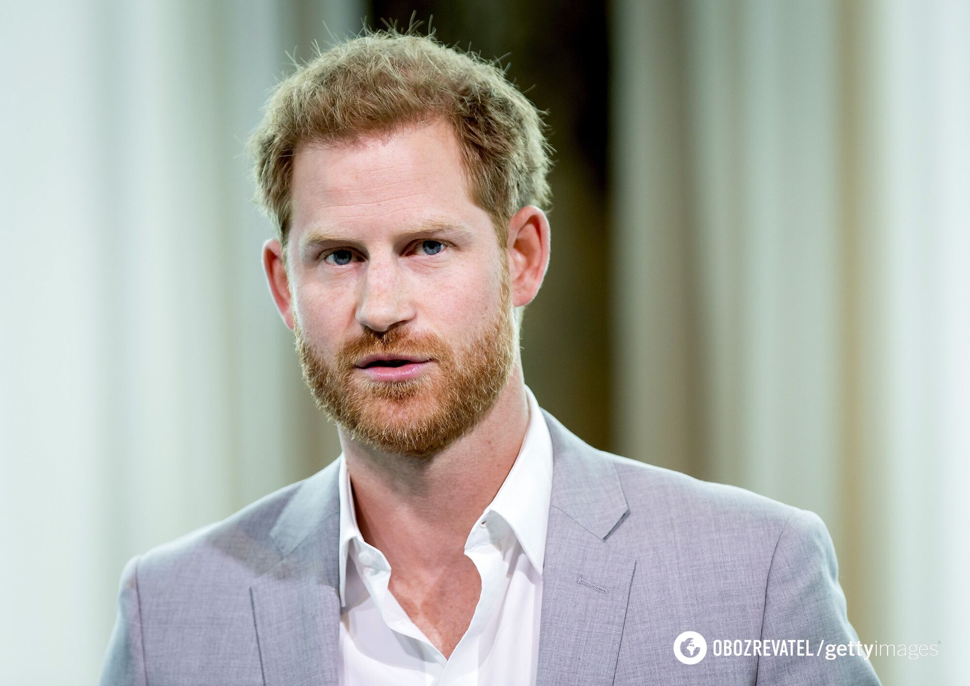 Принц Гарри хотел уйти из королевской семьи в 20 лет
