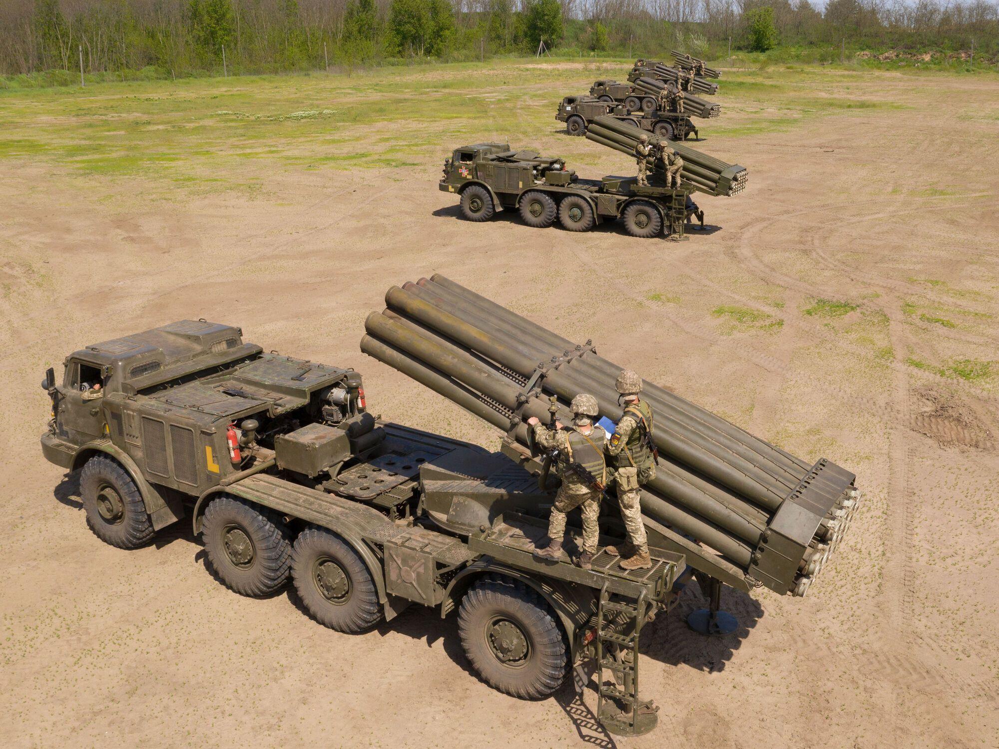 Також артилеристи ЗСУ відпрацьовували дистанційне мінування районів можливого наступу ворога