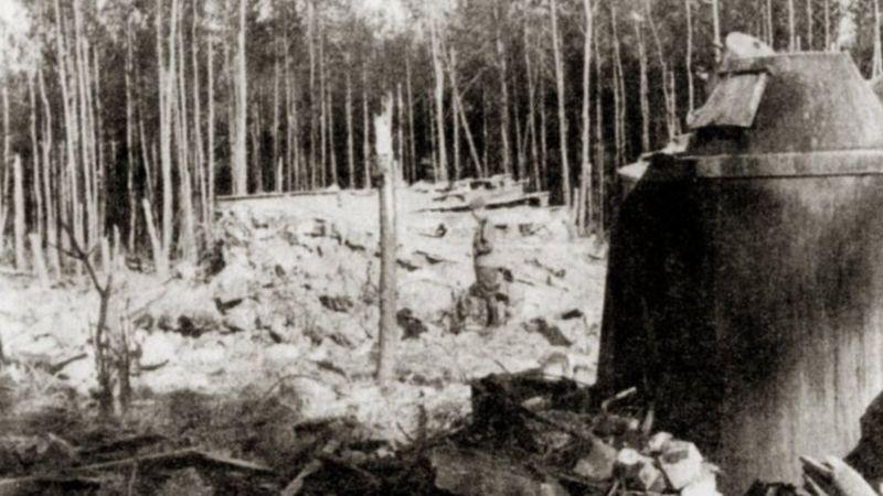 """Руины ставки """"Вервольф"""", 1944 год"""