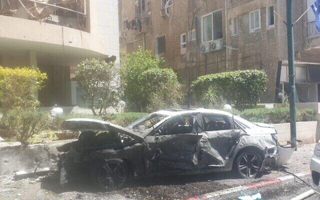 Последствия обстрела в Рамат-Гане