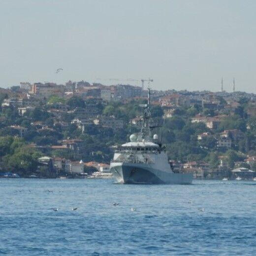 Патрульний корабель Trent направляється в порт Одеси.