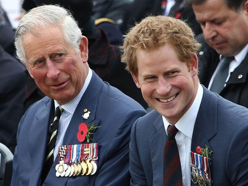 У палаці обурені поведінкою принца Гаррі, розповідаючи про свої конфлікти із сім'єю