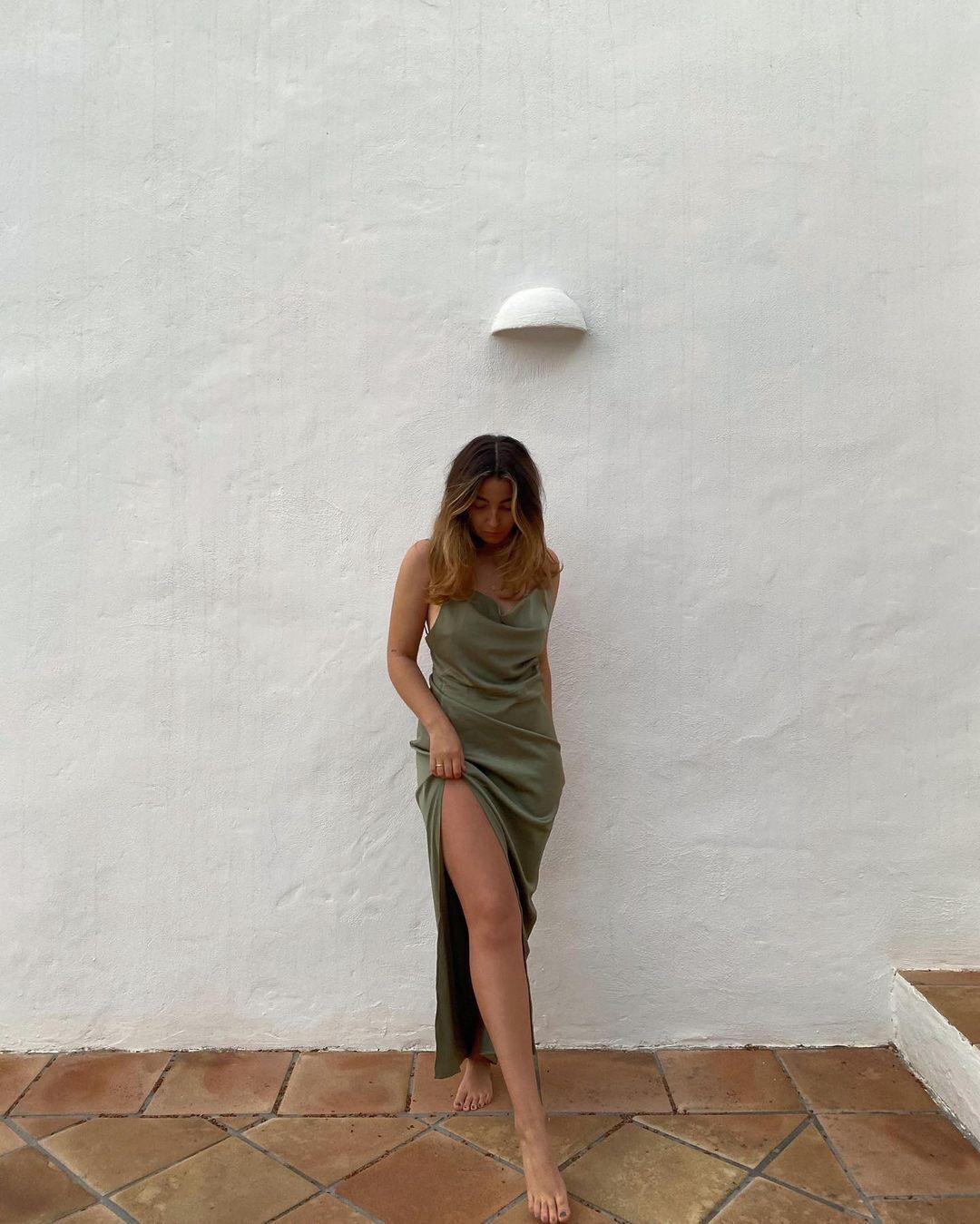 Модна шовкова сукня