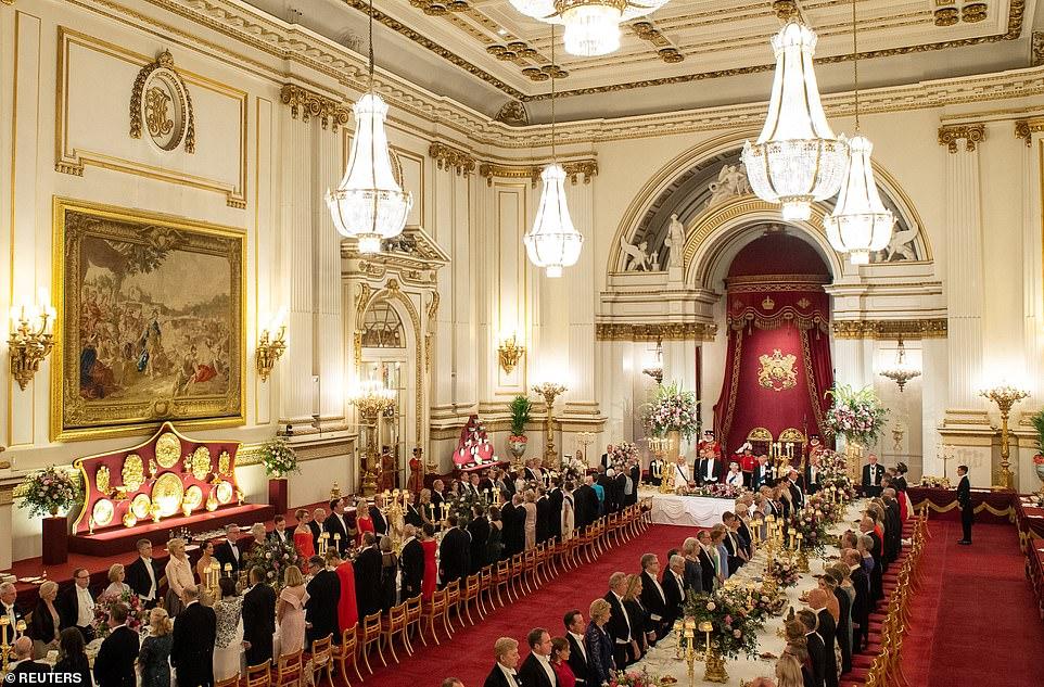 Бальный зал – самый большой из государственных залов