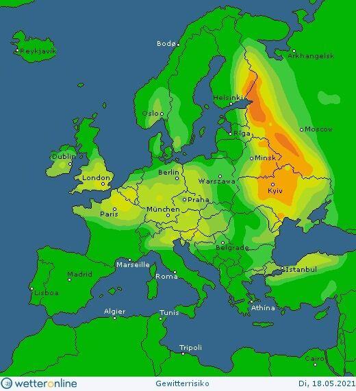 Карта дощів та гроз в Україні 18 травня