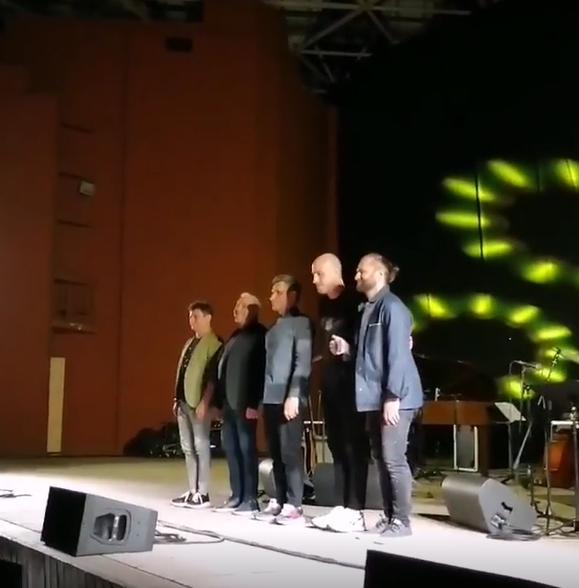 Макаревич с коллективом на концерте в Днепре