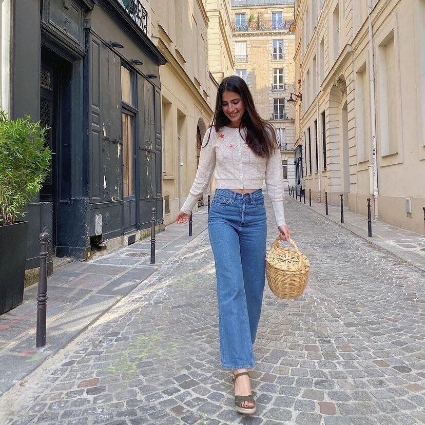 Популярні дизайнери продовжують випускати трендові плетені сумки