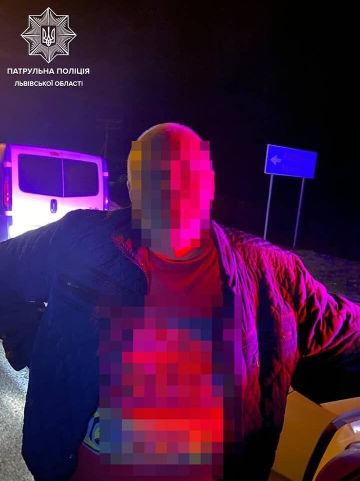На Львівщині нетверезий водій спровокував масову ДТП