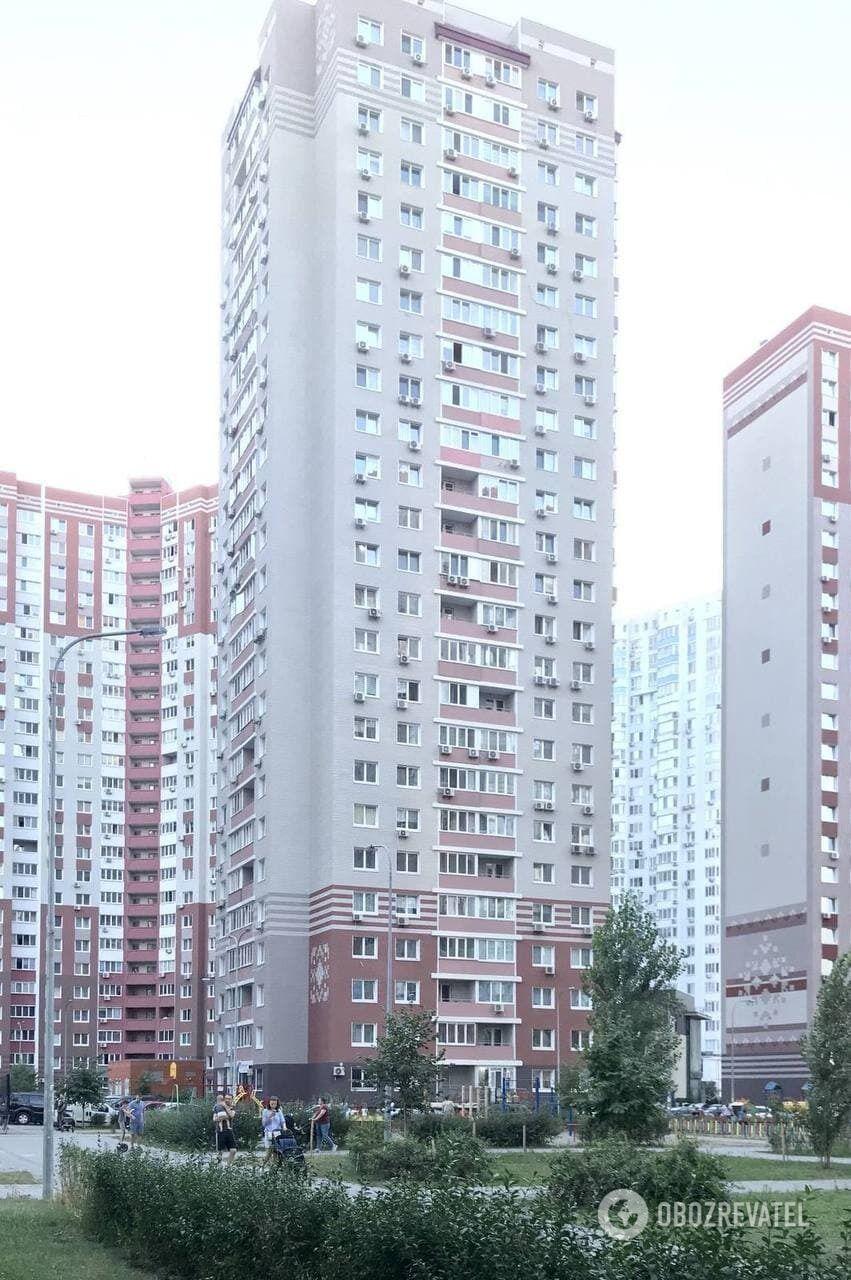 Мешканці новобудови на Осокорках страждають від працівників ЖЕКу.