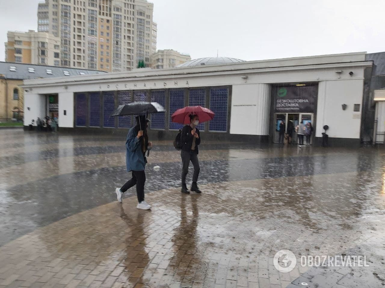 Дощі литимуть до кінця тижня.