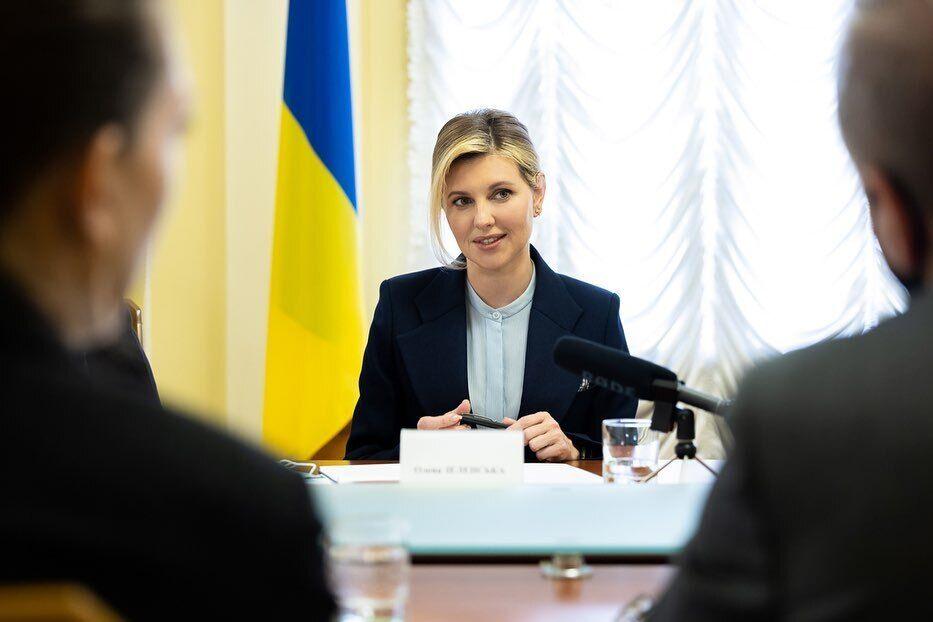 Перша леді України Олена Зеленська провела ділову зустріч