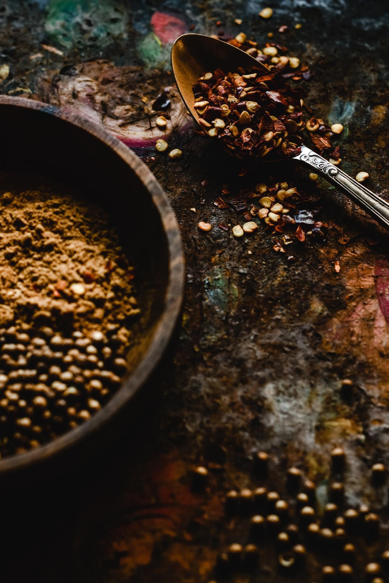 Коріандр додасть пряний смак курки